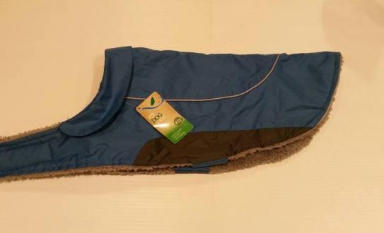 Medium Dog Coat (Beagle etc) Starting Bid- £2